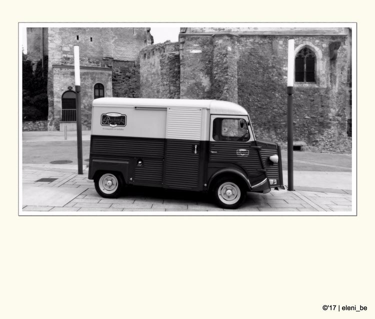 Van (Citroen Typ | Austria ca.  - eleni_be | ello