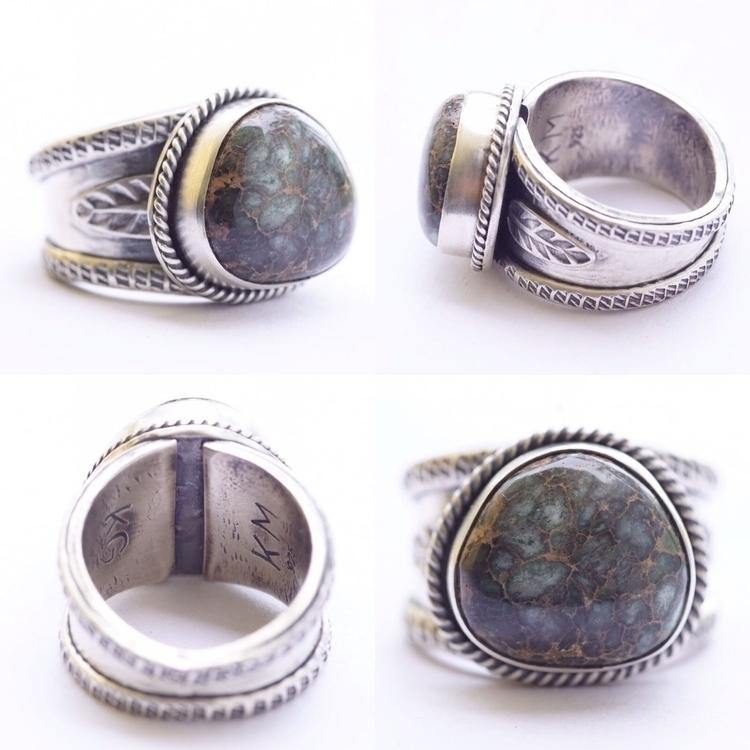 matching pinkie ring ! Pretty l - saltysouljewelry | ello