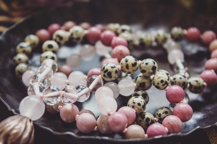 adore pink vibes - mala, malabeads - wildkrystals | ello
