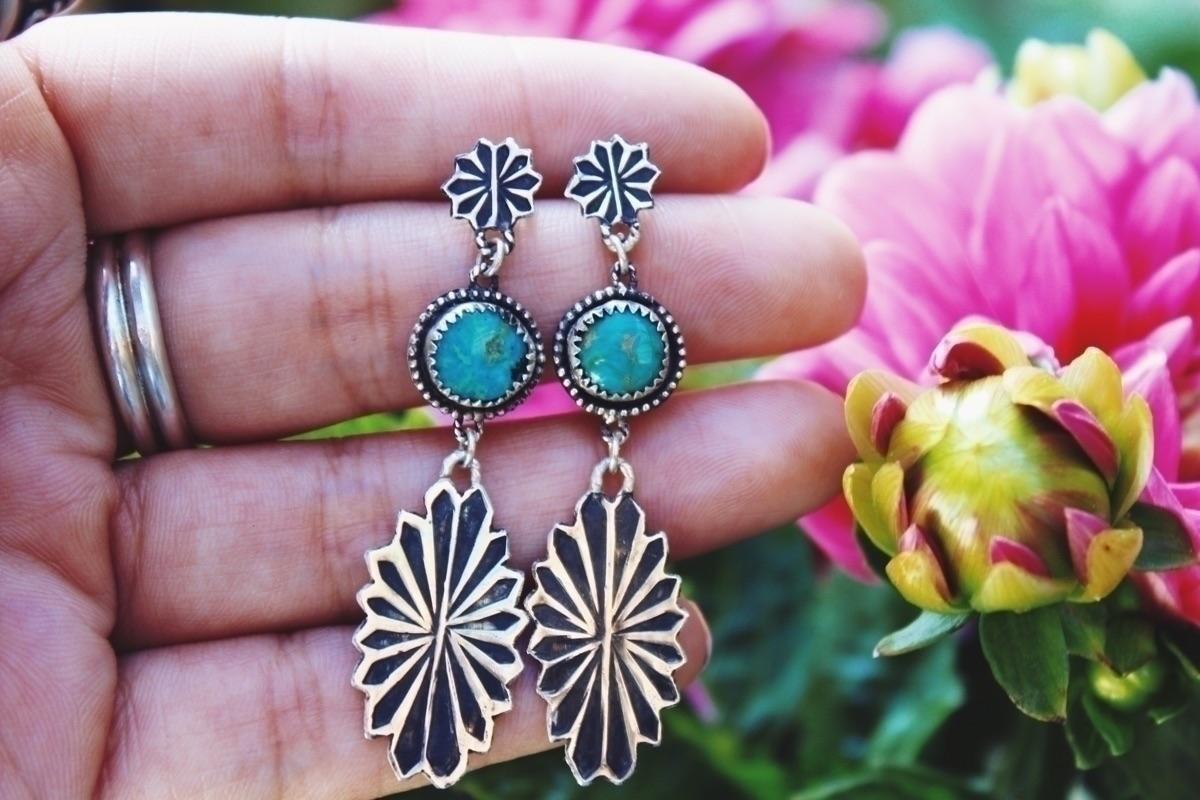 loving love dangle earrings lis - theturquoiseforest | ello
