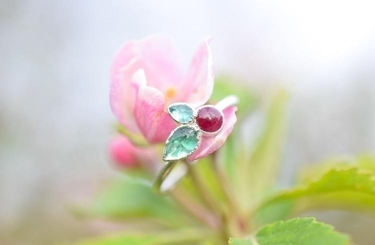 Thought share emerald ruby cher - featheroak | ello