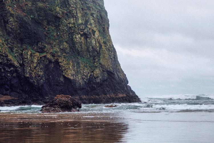 Cannon Beach | Washington - travel - toriamia | ello