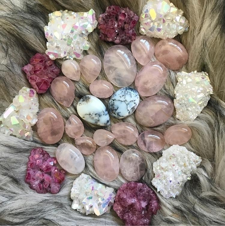 rose quartz, auras, opal couple - auraluna   ello
