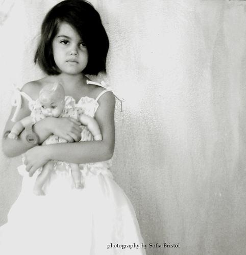 doll. doll - bnw, bnwphotography - sofiabristol   ello