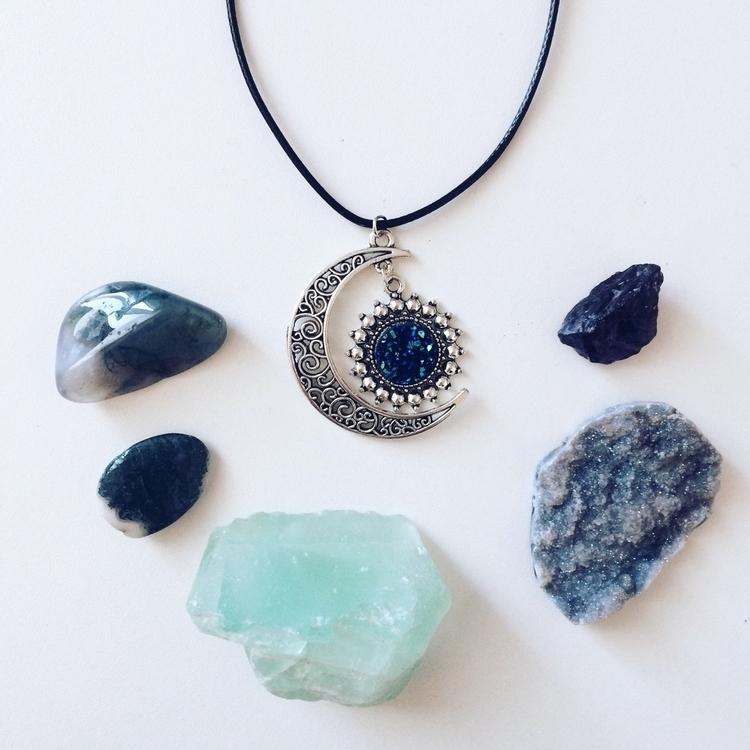 love necklace lot! shade blue d - blackfelidae | ello