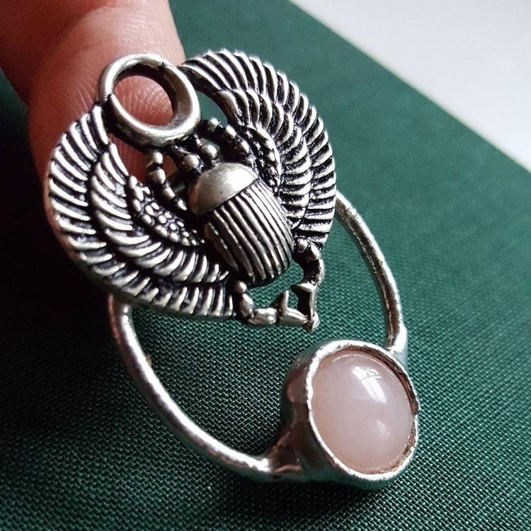 Scarab necklace ♡ - scarab, scarabnecklace - formvollendung | ello