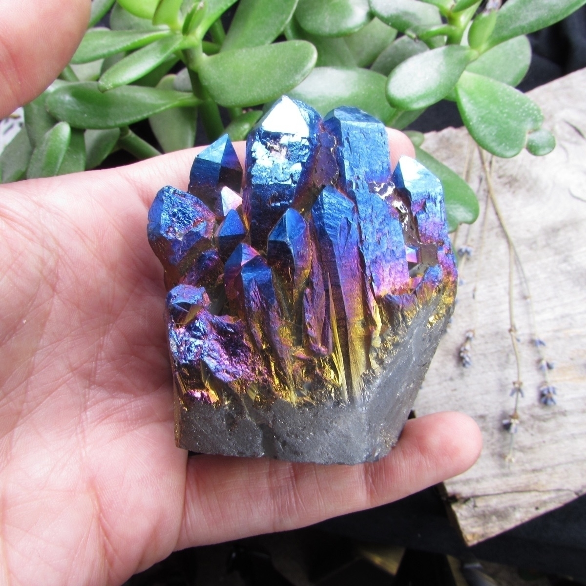 Titanium aura quartz, beautiful - sinucreation | ello