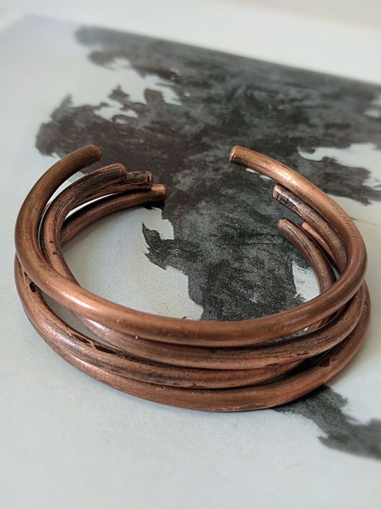 • copper bangles recycled wire  - wildflowerrelic | ello