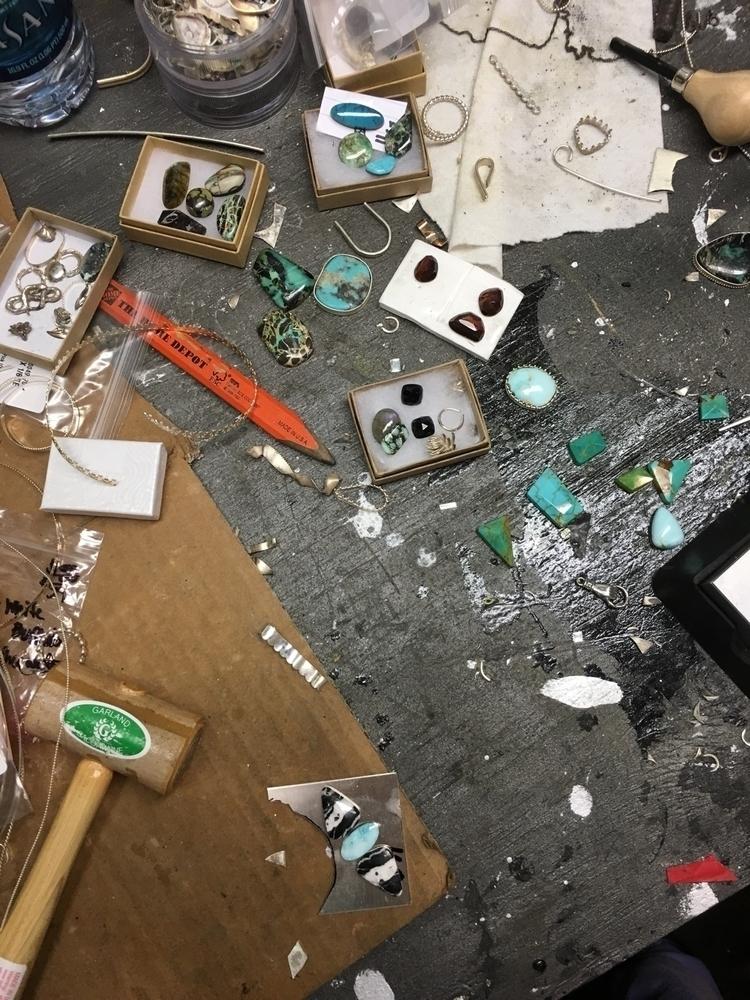 work....chaotic creativity? wor - bluefeatherweather | ello