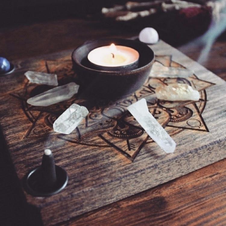 MoonPhase Mandala Travel Altar - grayvervain | ello