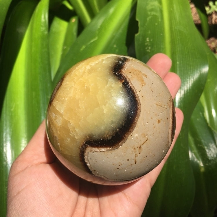 Septarian Spheres - crystallove - thesacredcrystal | ello