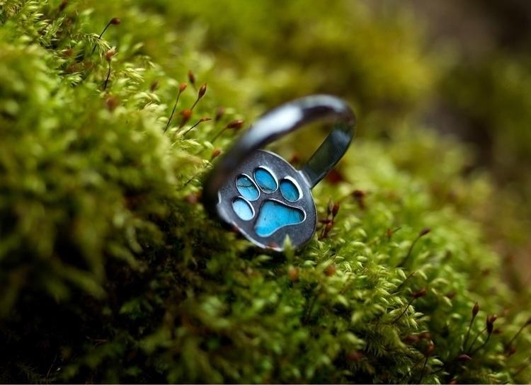 Labradorite paw print ring repr - weatherbeatendesigns | ello