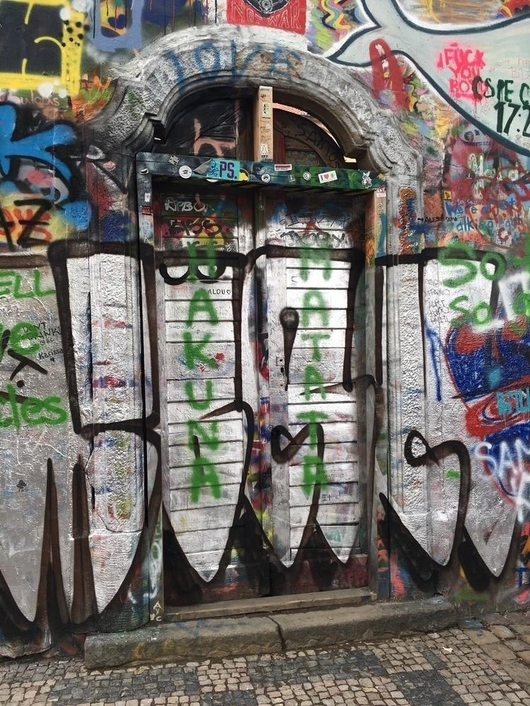 johnlennon, wall, prague, liberty - webcreators | ello