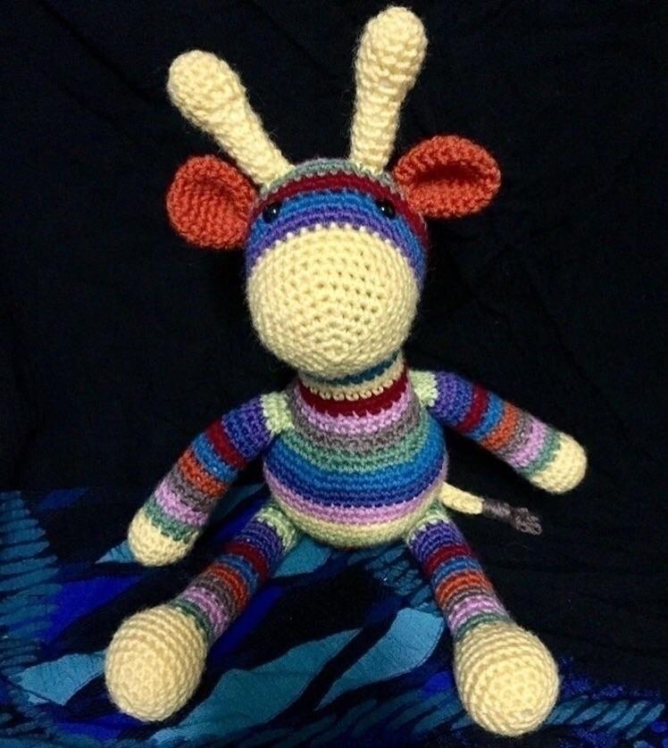 Beautiful, colourful Giraffe wo - medusas_handmade | ello