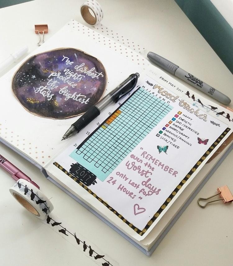 Bullet Journal mood tracker - bulletjournaling - artbyhan13 | ello