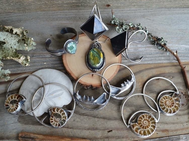 listed pieces shop!! Hope great - baronesswolfe   ello