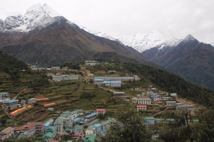 Nepal. Namcher Bazaar - tmayko | ello