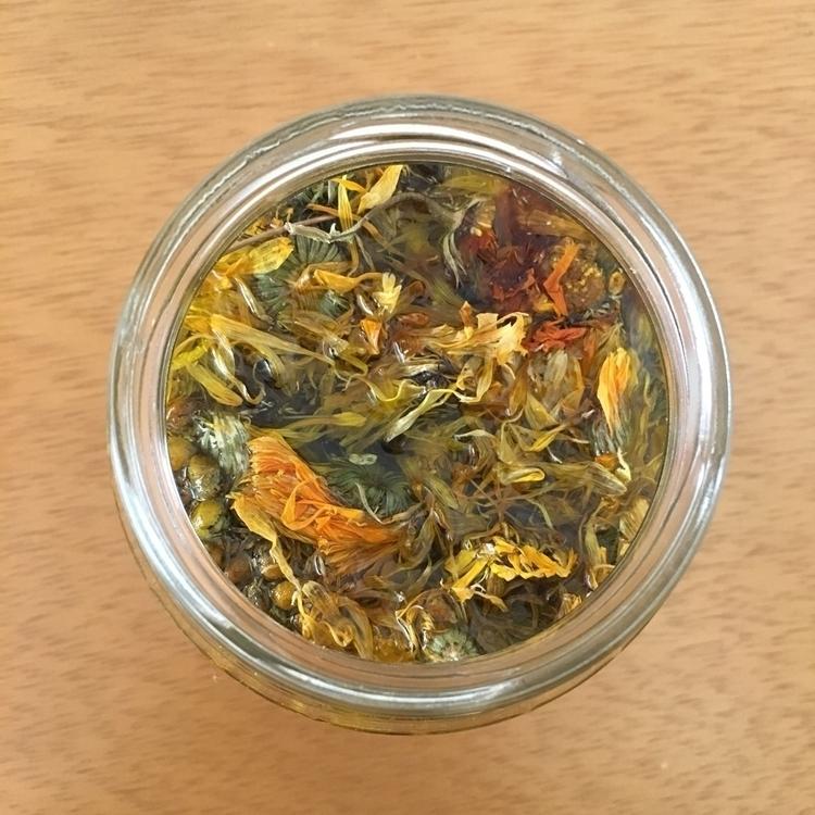 Olive oil infused calendula cha - apotecarix | ello