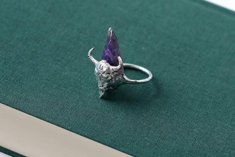 Boho animal ring amethyst ♡ - buffalohead - formvollendung | ello
