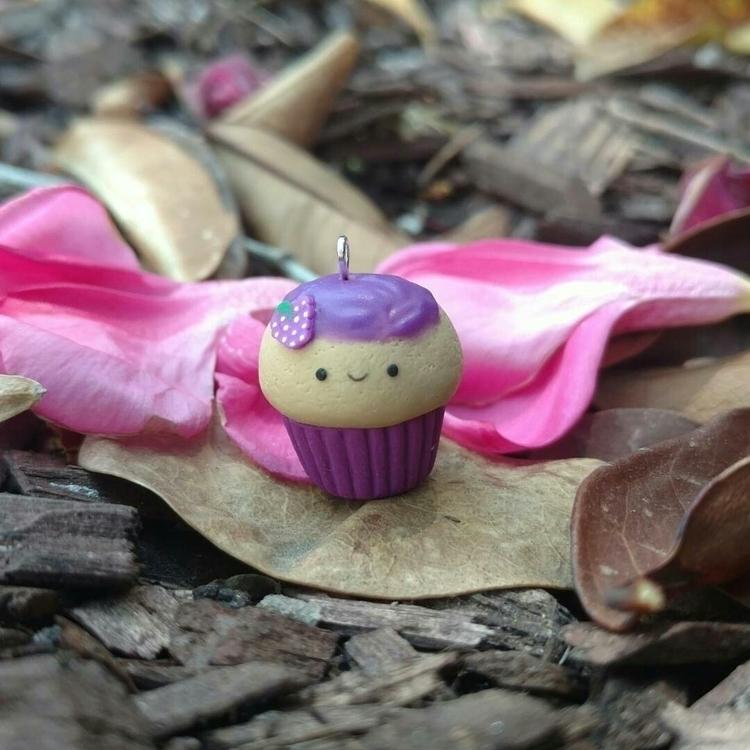 Today pbj cupcake! real cupcake - aridesh | ello
