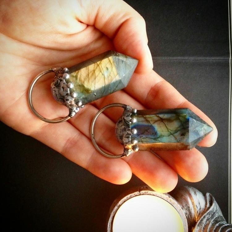 labradorite pendants - crystals - cristallunacraft | ello