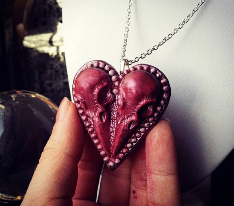 Lovebirds <3 - handmade, resin - ravncotino | ello