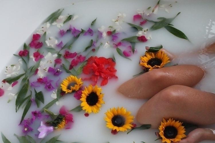 ! love sharing artwork account  - hippiespirit   ello