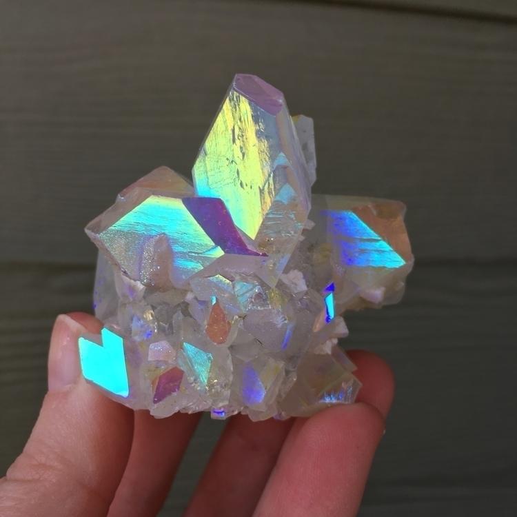 gorgeous crystals listed shop-  - empowermentisbeautiful   ello
