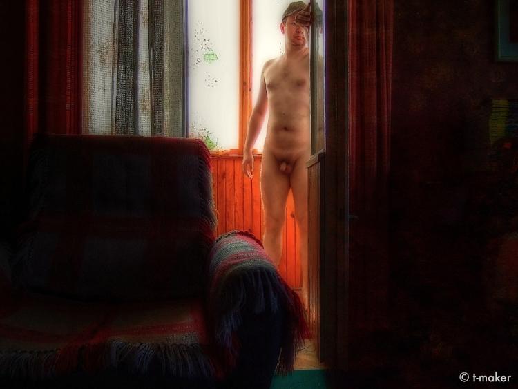 Nude Doorway | Flickr: DeviantA - t-maker | ello