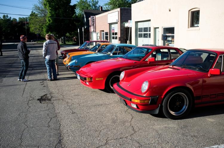 Sunday Drive - Porsche, BMW, X100 - lucian | ello