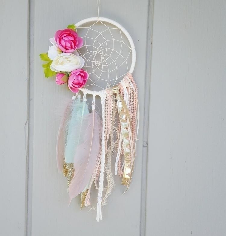 pink + mint dreamer gold glitte - theoceanbohemian | ello