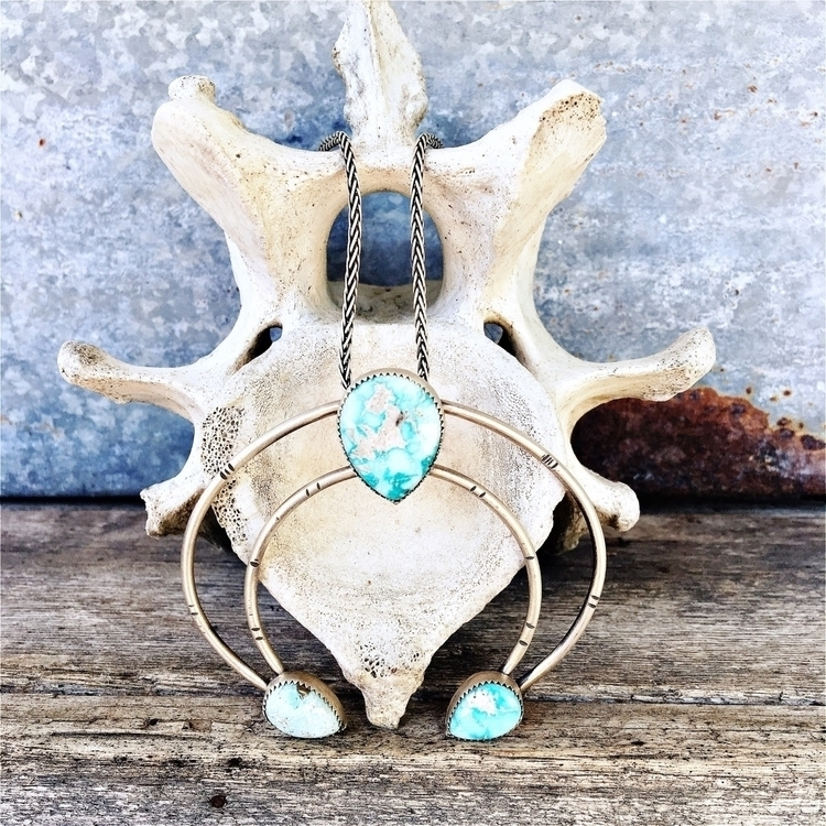 Whitewater Turquoise Naja Penda - swayinggrasssilver | ello