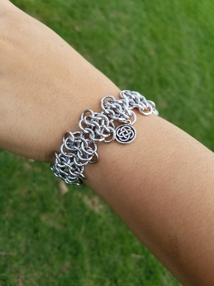 grabs Etsy - cerridwenchainmail | ello