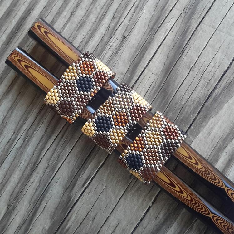 Peyote stitched Honeycomb rings - initiallybad   ello
