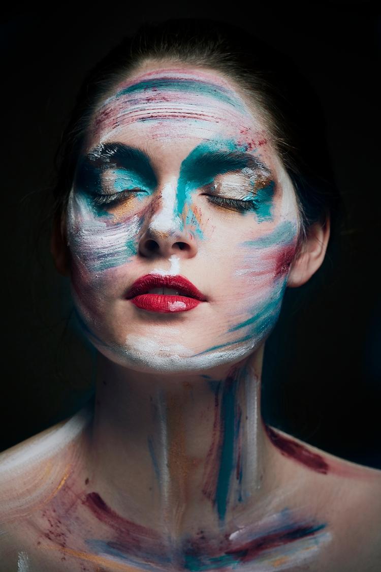 La fille qui rêve en couleurs - girl - fabriziodepatrephotographer | ello
