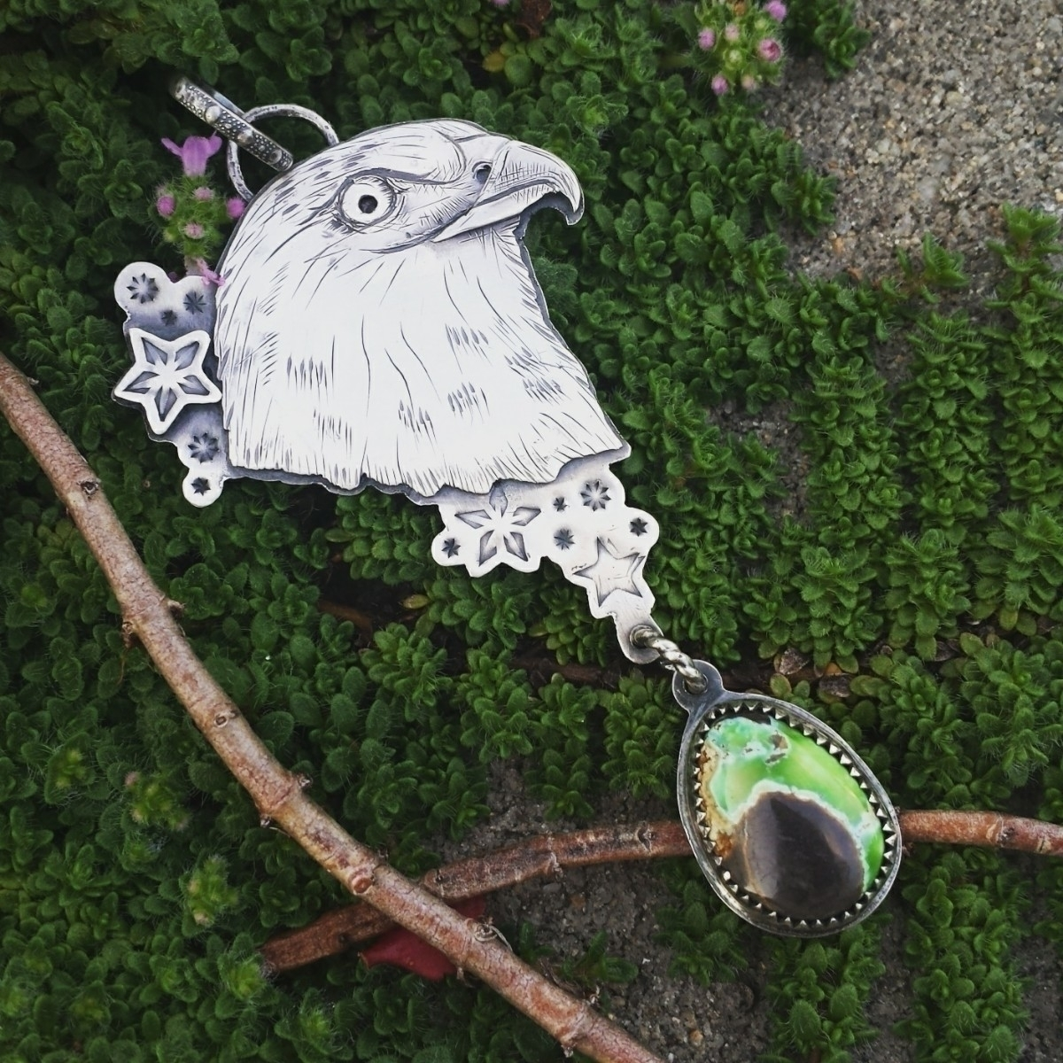 Hand engraved hawk pendant gorg - alleyec | ello