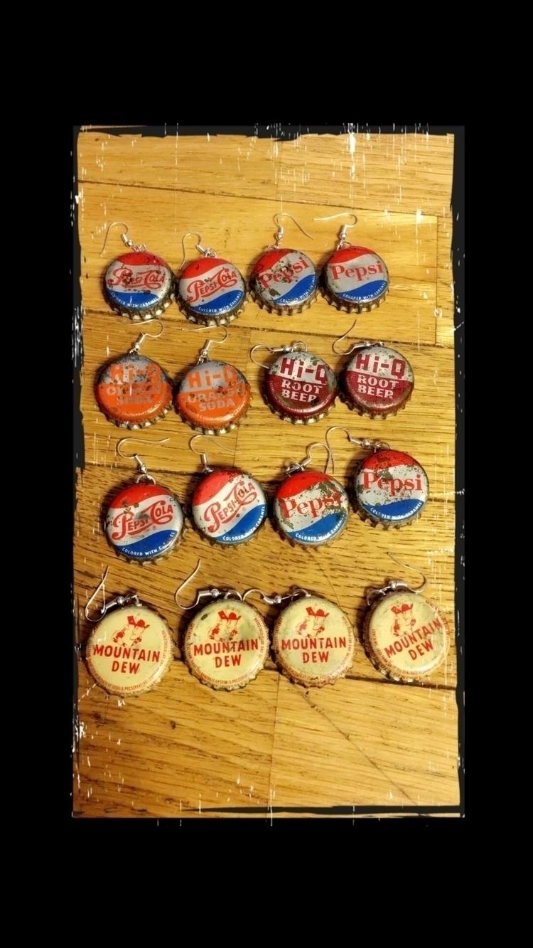 Retro soda pop Earrings! beauti - bodycandybycarlie | ello