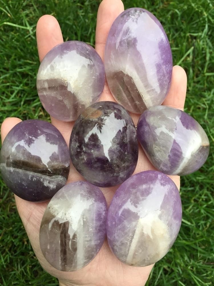 Chevron Amethyst Palm Stones ni - kouvadreamcatchers | ello