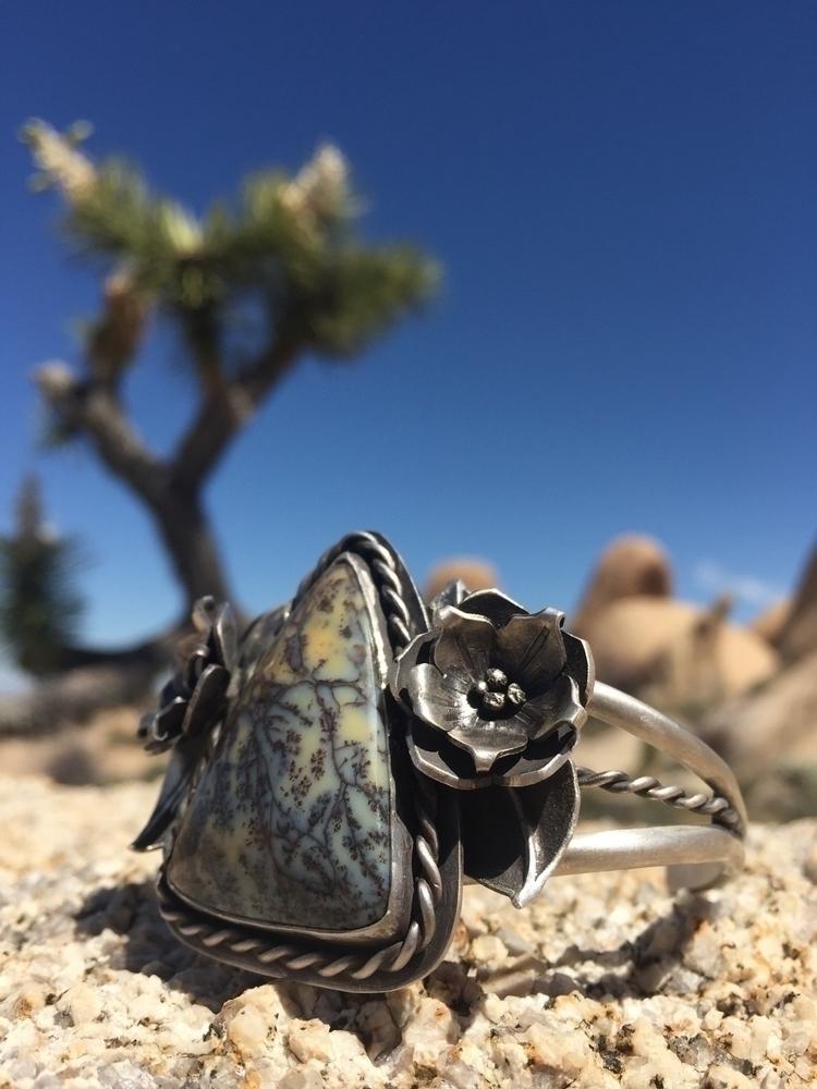 love stone pretty. cutting scra - east_kaleidoscope_way | ello