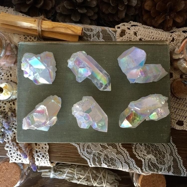 Stunning angel aura quartz clus - junebugjaybird | ello