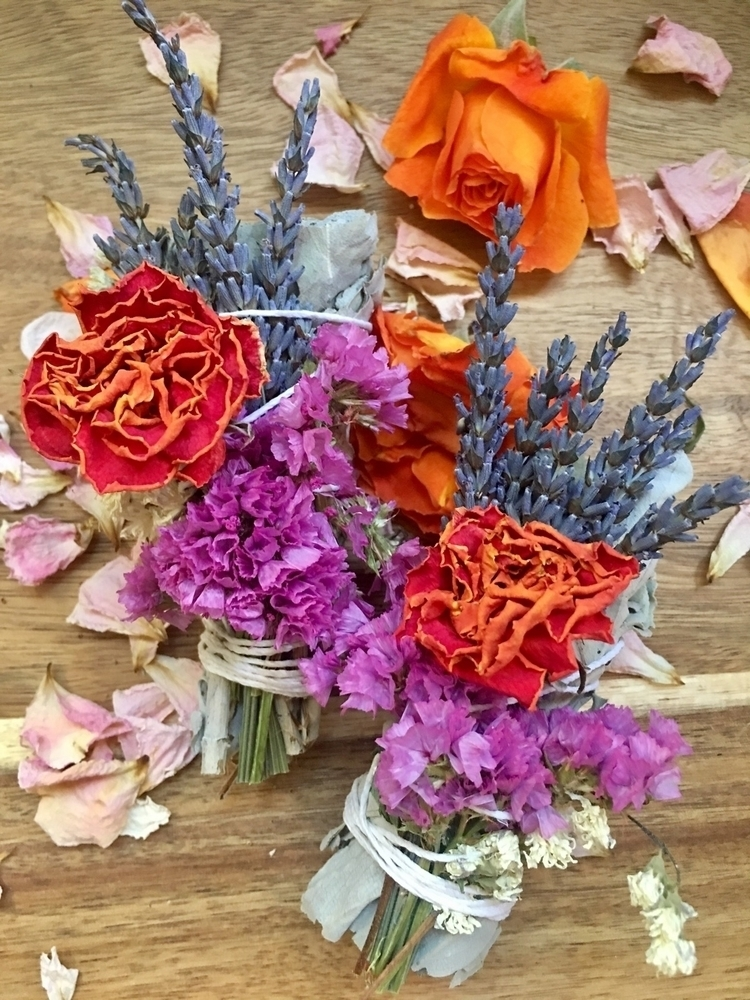 Love bright orange roses dried  - etherealzencreations | ello
