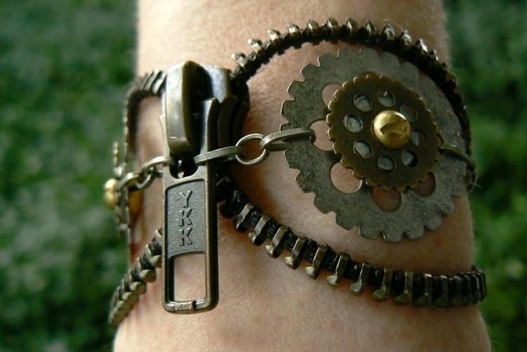 Steampunk Owl Zipper Cuff Brace - peteandveronicas | ello
