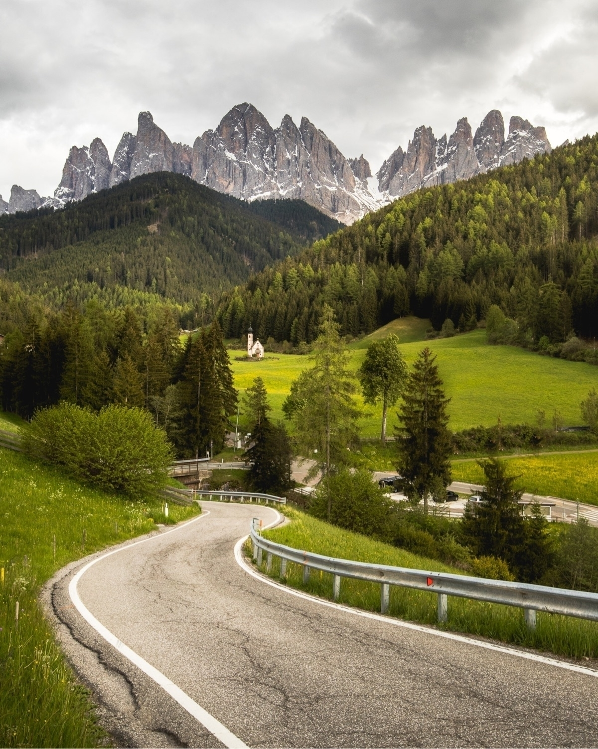 road awesomeness - italy, dolomites - charlespacque | ello