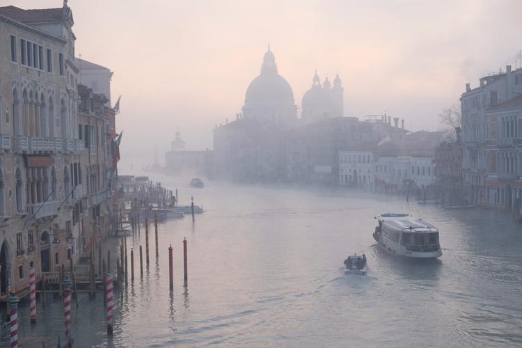 Misty Venice ideal picture Phot - msecchi | ello