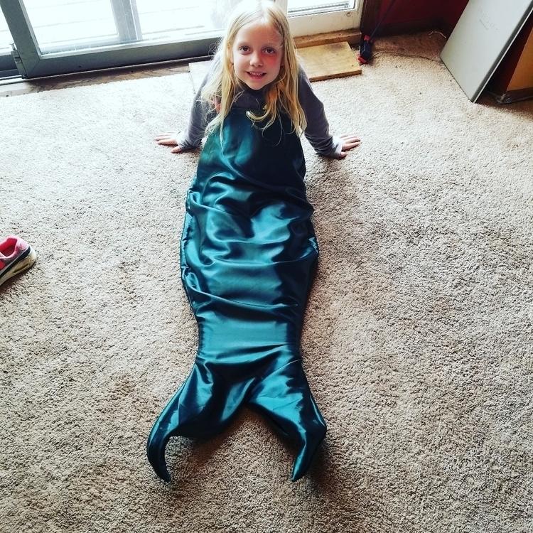 time hand mermaid tail daughter - thisuniquehome | ello