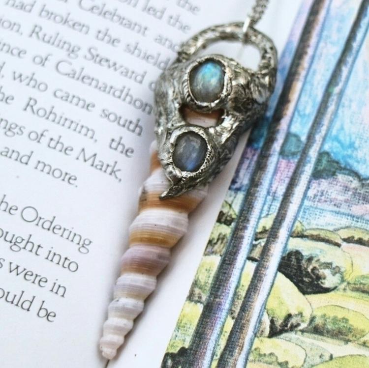 :shell:Turitella Rainbow Moonst - wildnocturna | ello