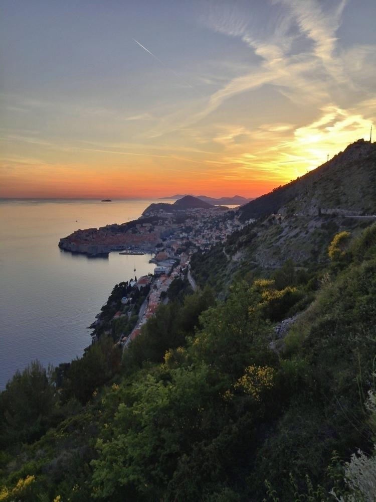 en route Makarska. [View - Dubrovnik] - rowiro | ello