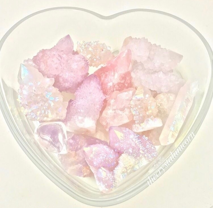 :sparkles::cherry_blossom::unic - thecrystalunicorn | ello