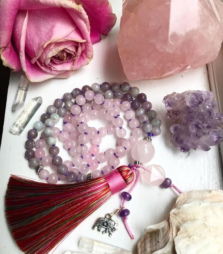 :rose:Rose Quartz Lilac Jasper  - maryajewelry | ello