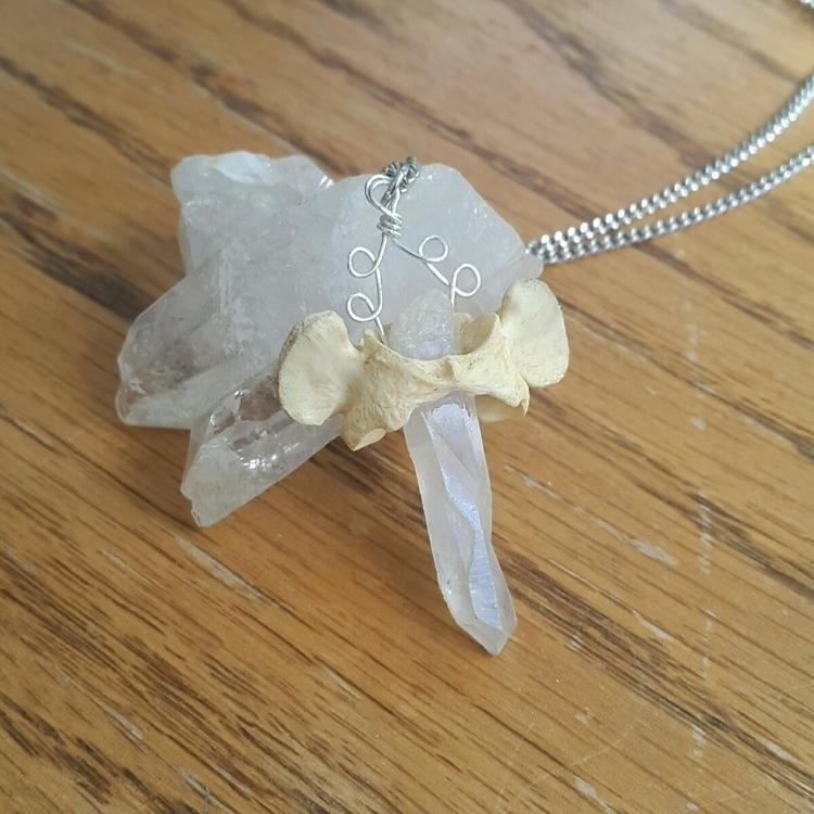 delicate pendant small atlas bo - artbywolves | ello